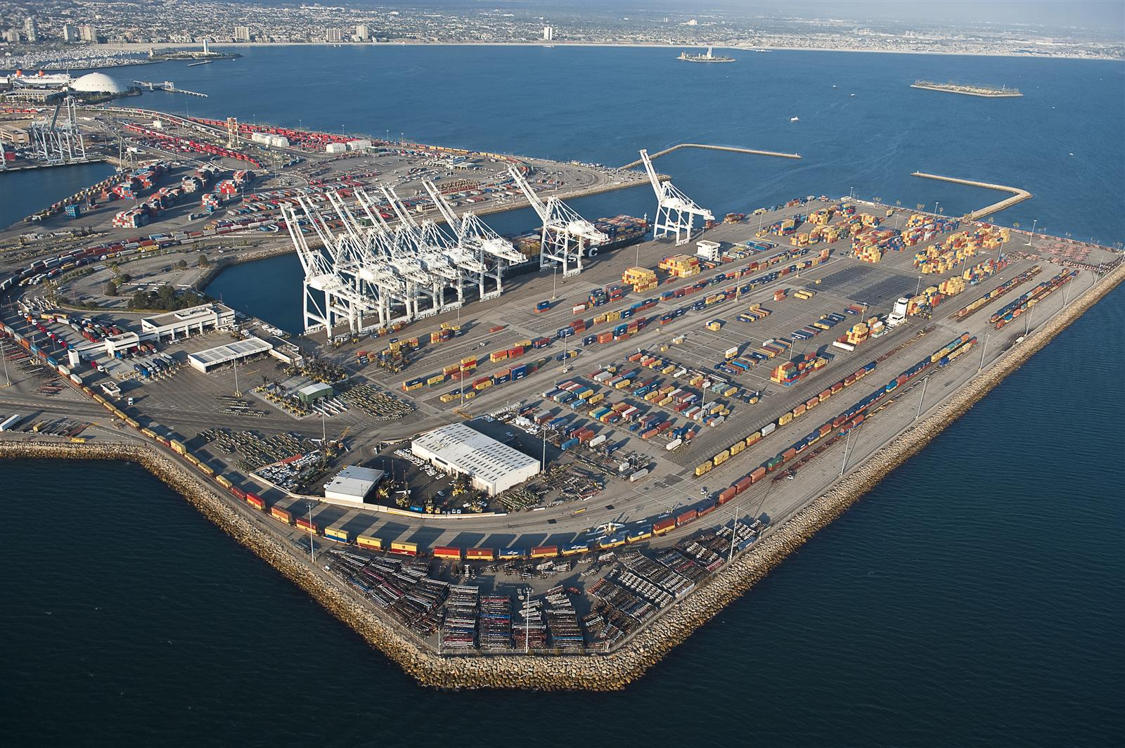 Port Tracker Report is Bullish on Import Growth in the Coming Months