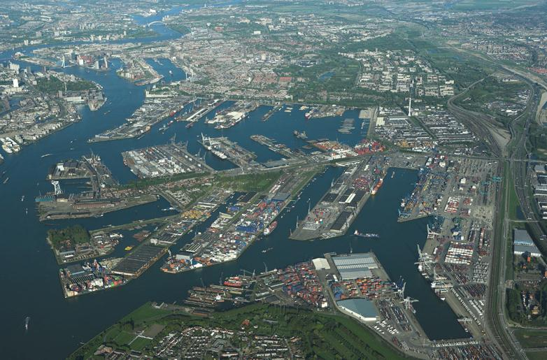 Rotterdam Port Authority Calling for Ambitious CO2 Reduction Plan