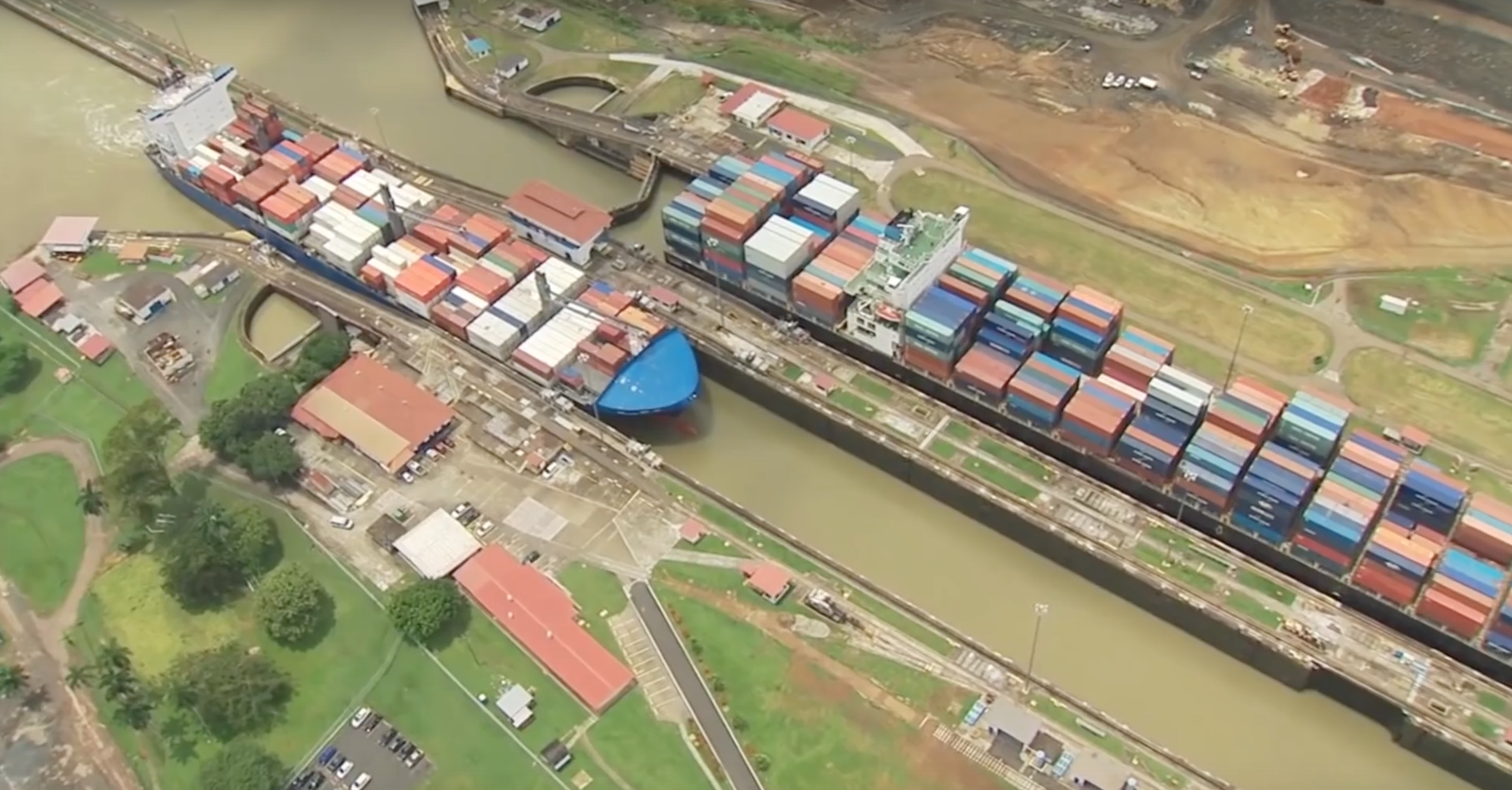 Clean Ships Jump the Queue at Panama Canal